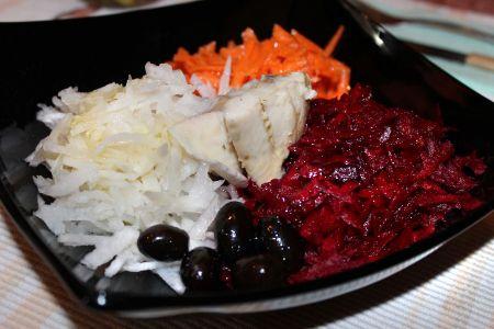 Зимна салата с риба